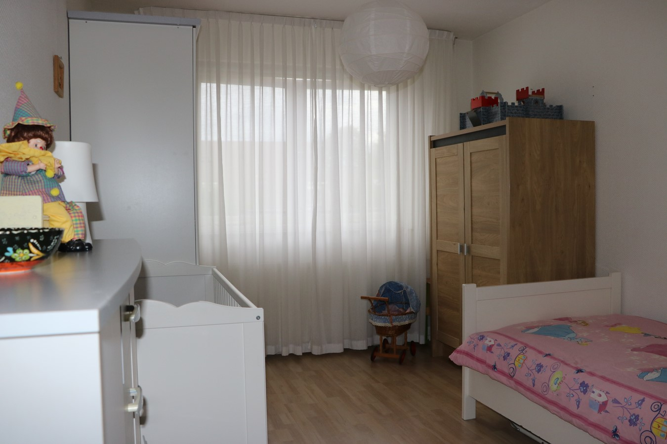 18 Slaapkamer achter 1.JPG